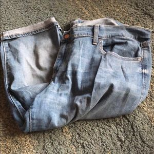 Old Navy blue jean cuffed Capris Size 16 Regular